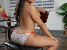 Nody Nadias Perfect Tits