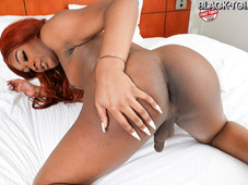 Lauren Da Meateater Hot Red Head Black Tgirl