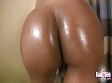 Kayla Biggs Hung Dark Tranny Shecock