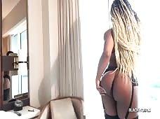 Porschia Munroe Sexy Black Tgirl Superstar